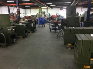 De sets in de bedrijfshal in Baak.